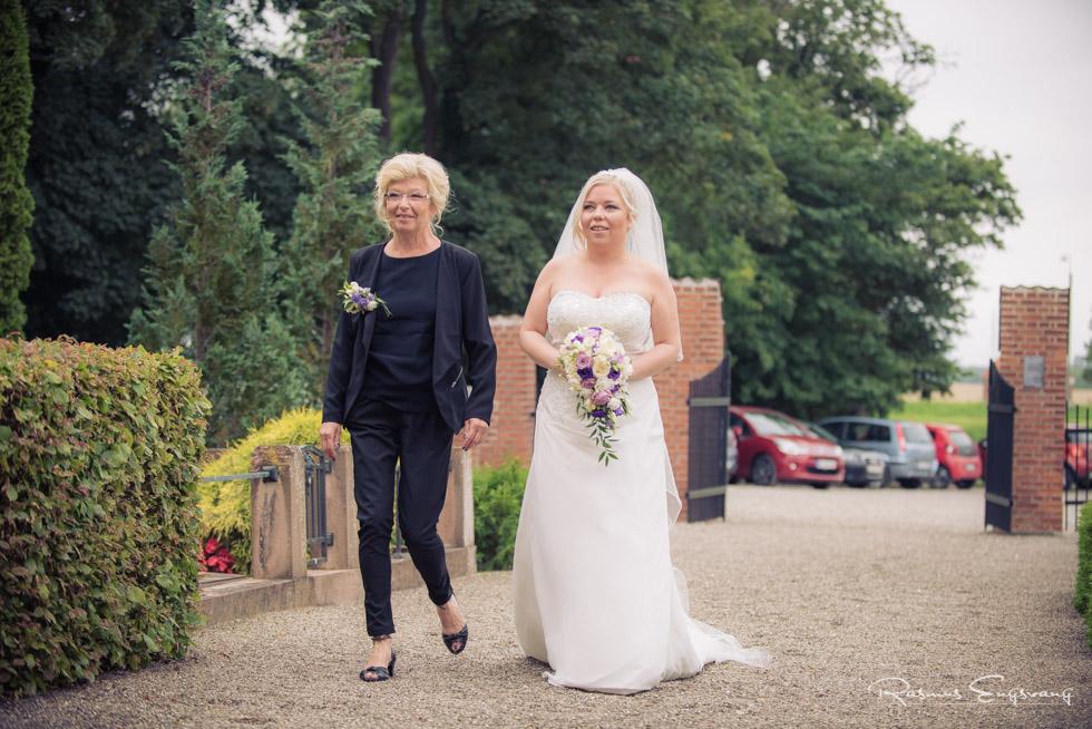 Lolland-våbensted-Bryllupsbilleder-bryllupsfotograf-101.jpg