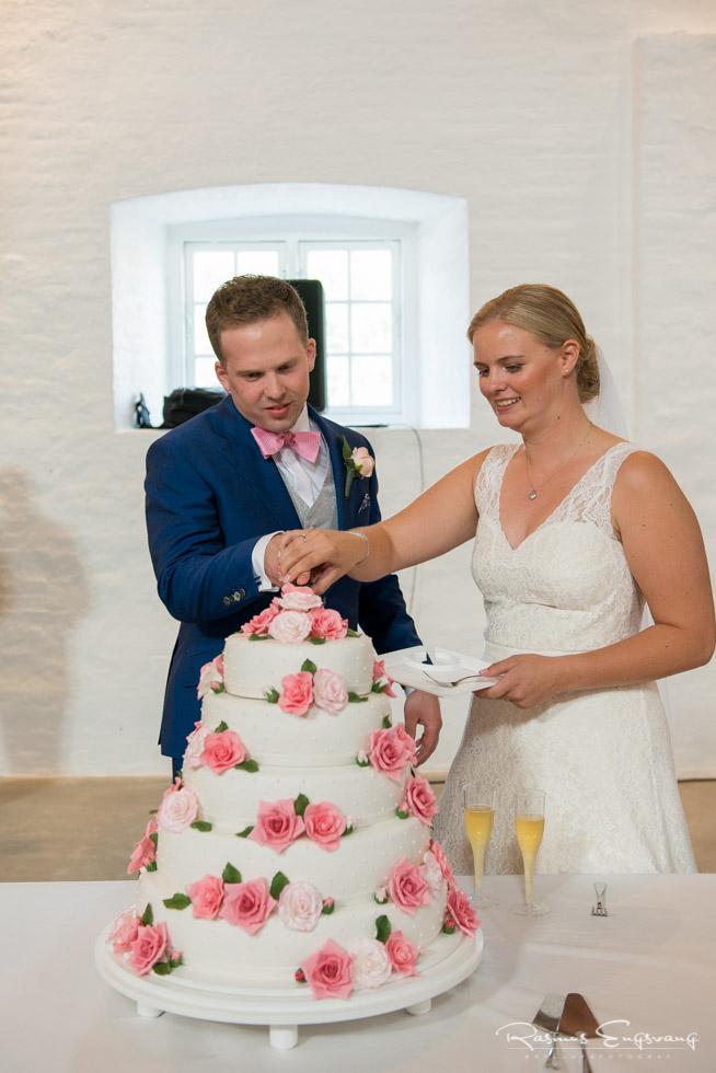 Aggersvold-Gods-Bryllup-bryllupsfotograf-bryllupsbilleder-112.jpg