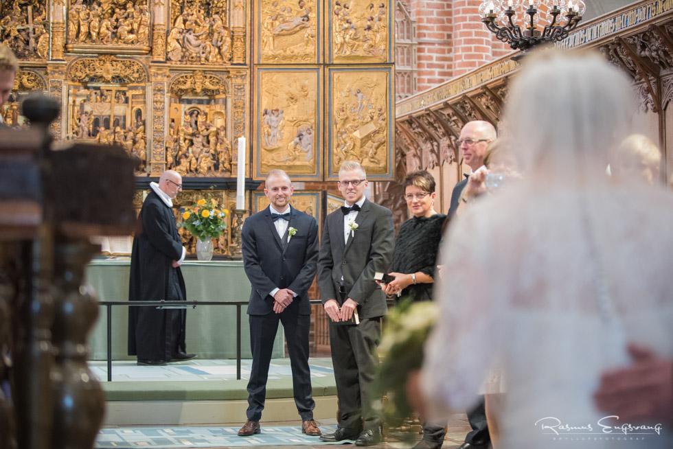 Roskilde-Domkirke-Bryllupsbilleder-bryllupsfotograf-109.jpg