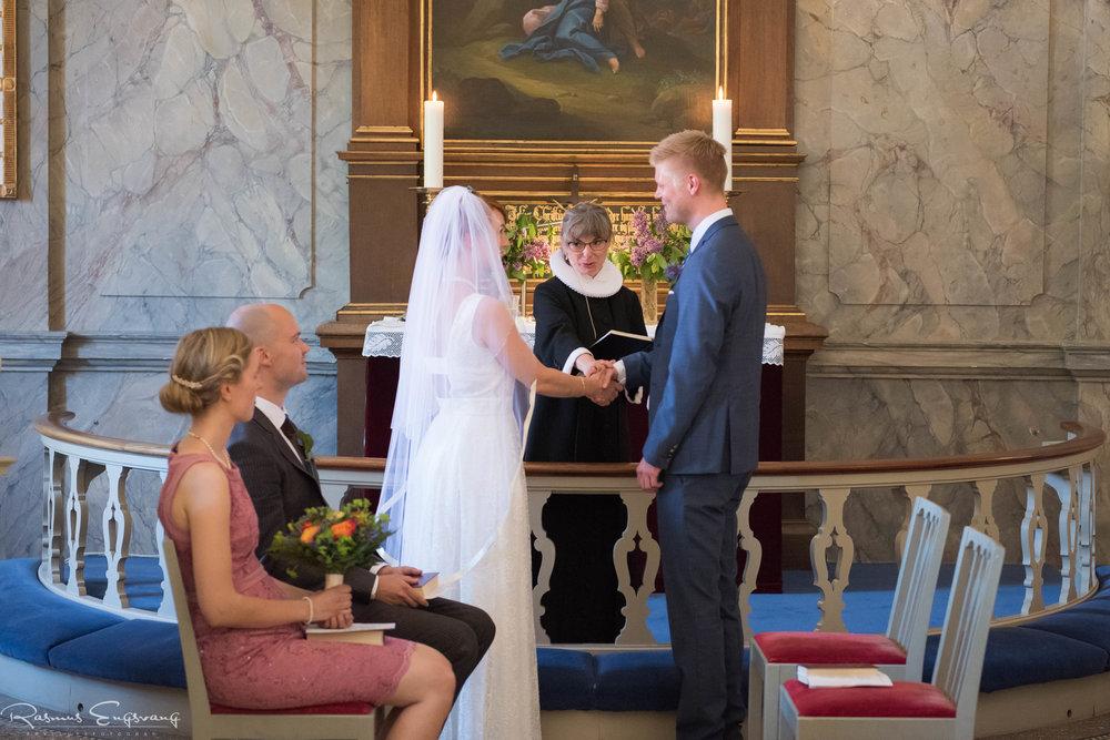 Bryllupsfotograf-Holsteinborg-Slotskirke-Sjælland-105.jpg
