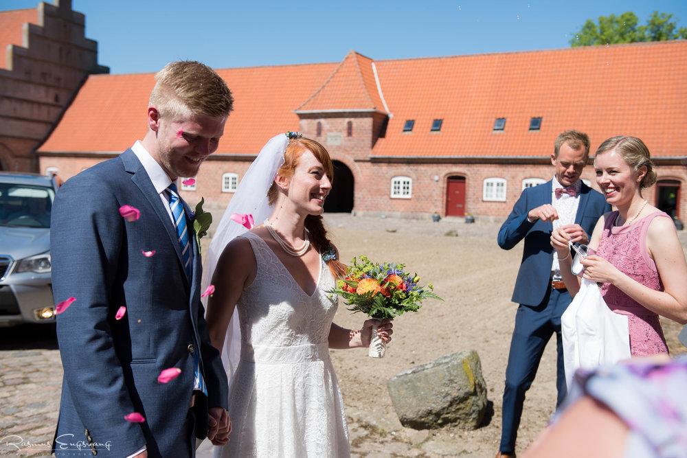 Bryllupsfotograf-Holsteinborg-Slotskirke-Sjælland-109.jpg