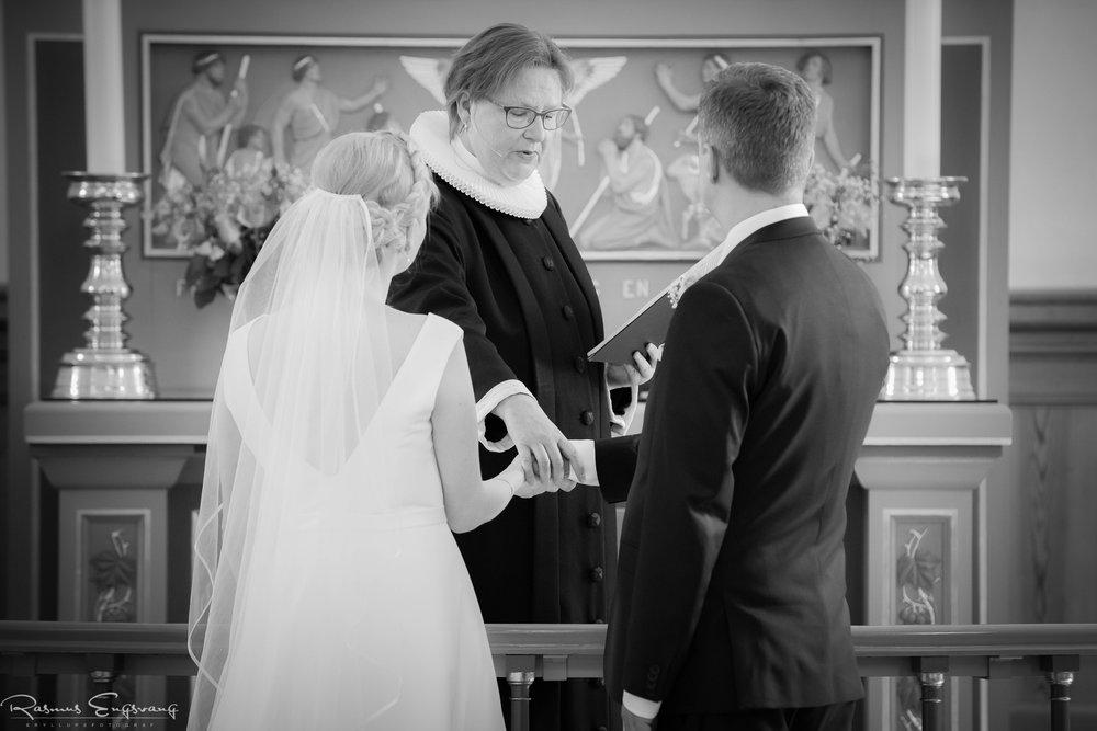 Bryllupsfotograf_Sjælland_Skælskør_Marvede_Fjordbakken-110.jpg