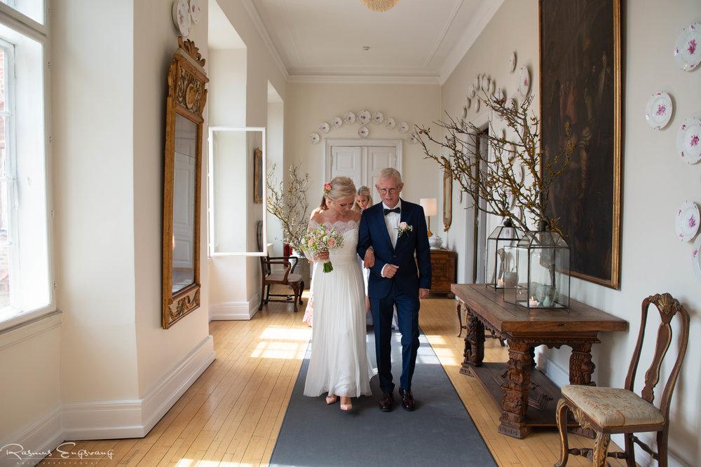 Bryllupsfotograf_Holckenhavn_Slot_Bryllup-208.jpg