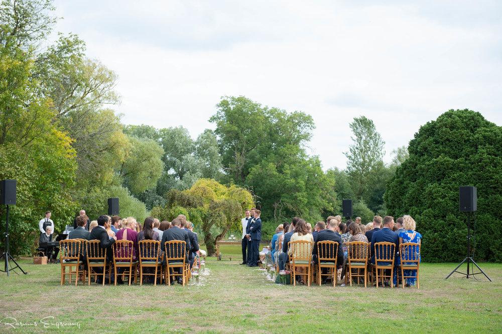 Bryllupsfotograf_Holckenhavn_Slot_Bryllup-213.jpg