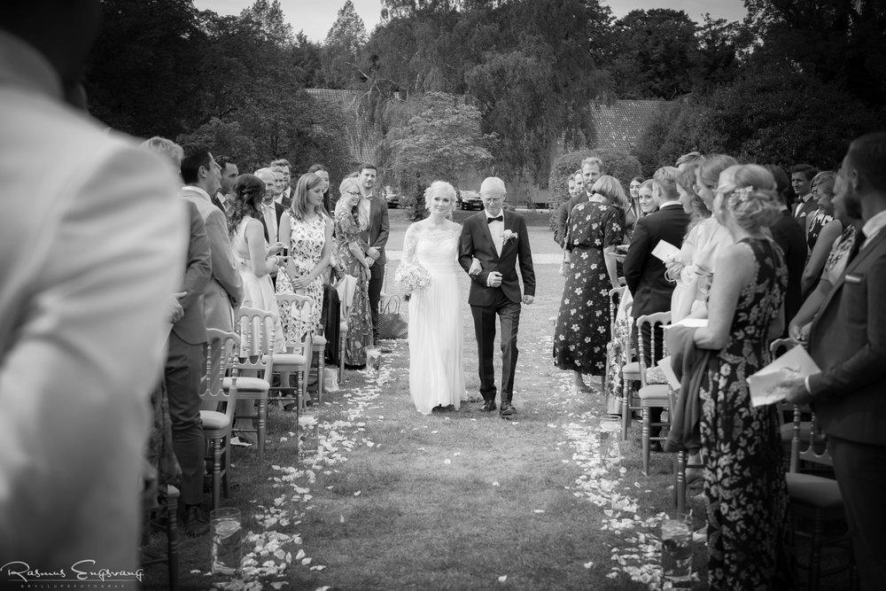 Bryllupsfotograf_Holckenhavn_Slot_Bryllup-218.jpg