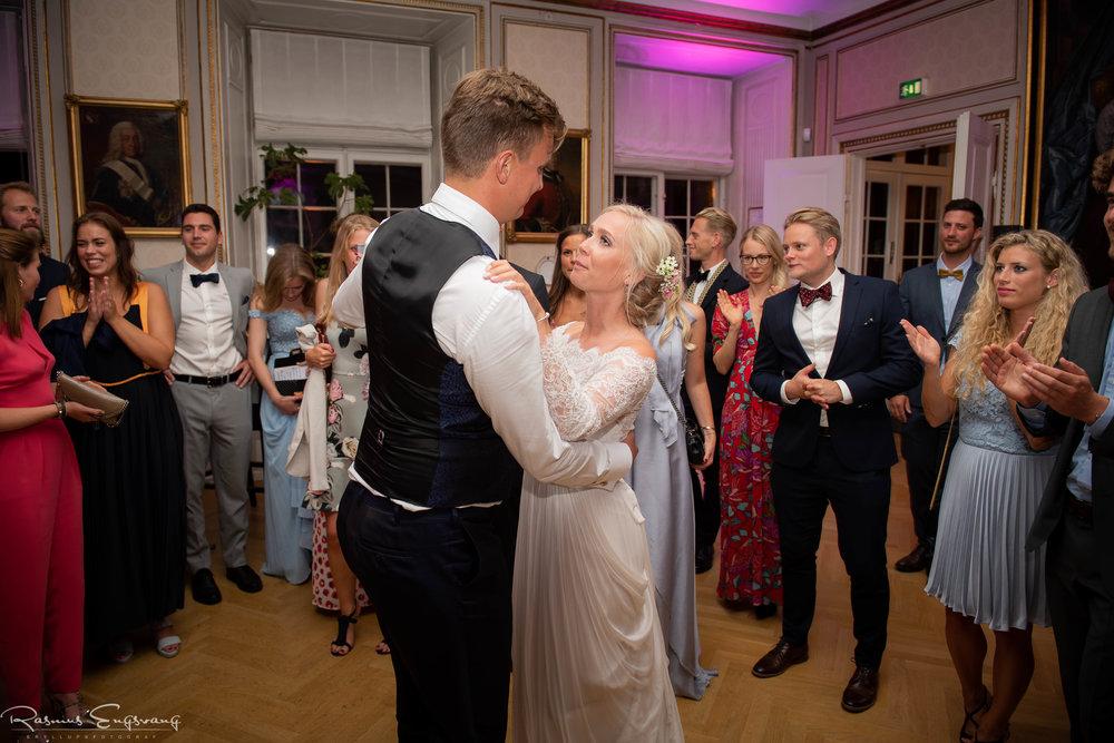 Bryllupsfotograf_Holckenhavn_Slot_Bryllup-502.jpg