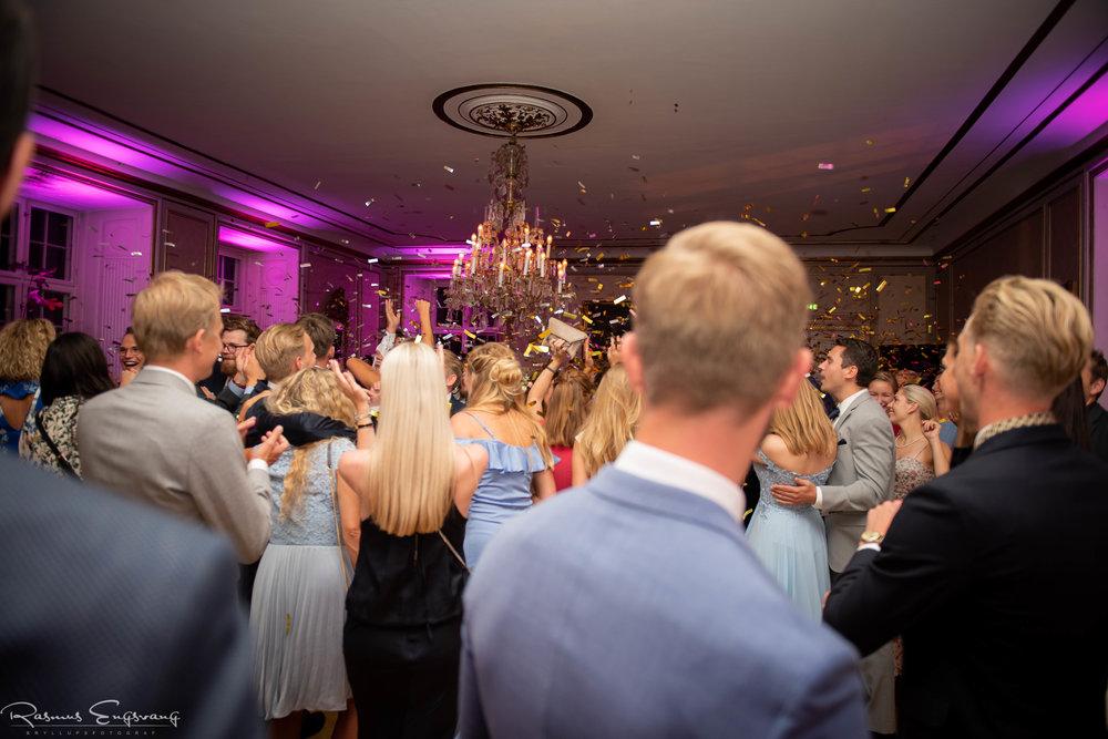 Bryllupsfotograf_Holckenhavn_Slot_Bryllup-506.jpg