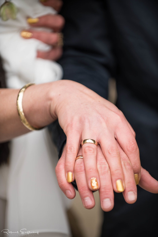 Bryllupsfotograf_Vielsesringe-123.jpg