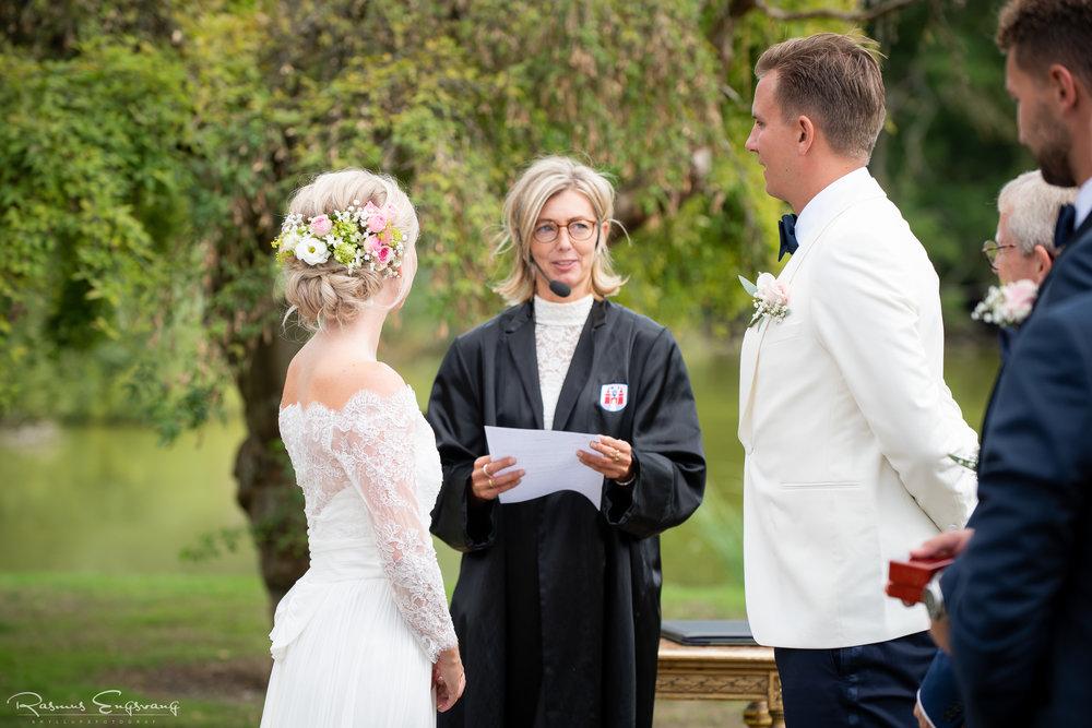 Bryllupsfotograf_Holcken_Havn_Slot_Nyborg-221.jpg