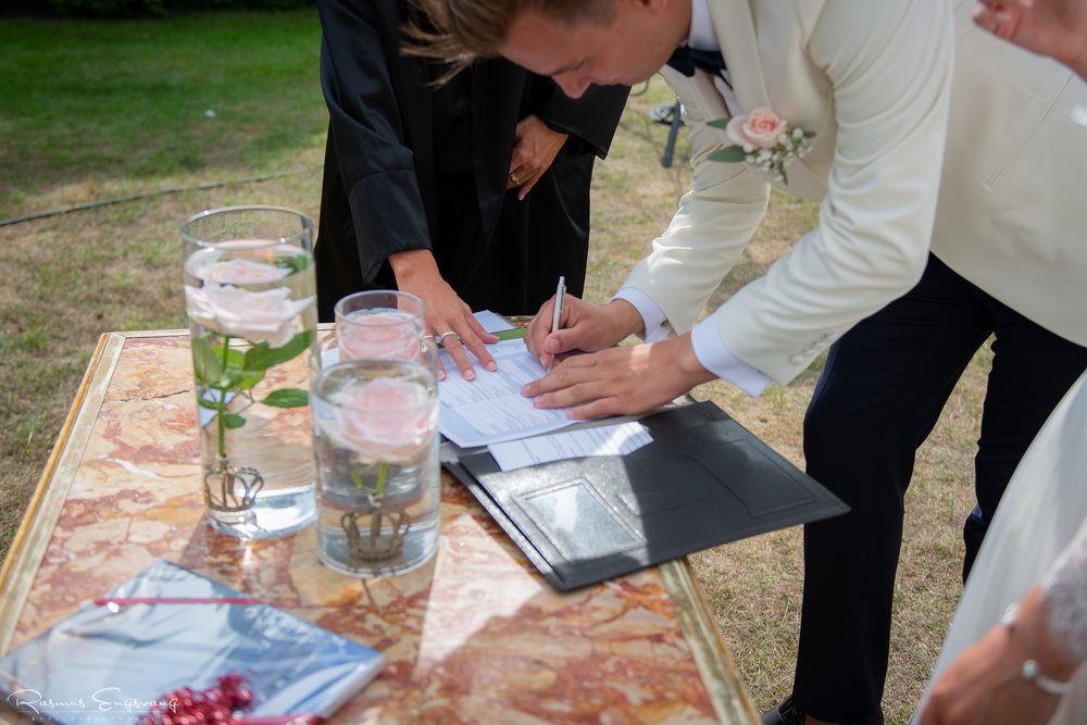 Bryllupsfotograf_Holcken_Havn_Slot_Nyborg-226.jpg