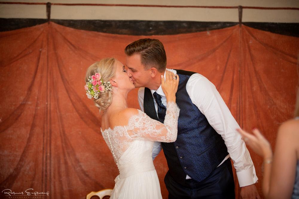 Bryllupsfotograf_Holcken_Havn_Slot_Nyborg-507.jpg