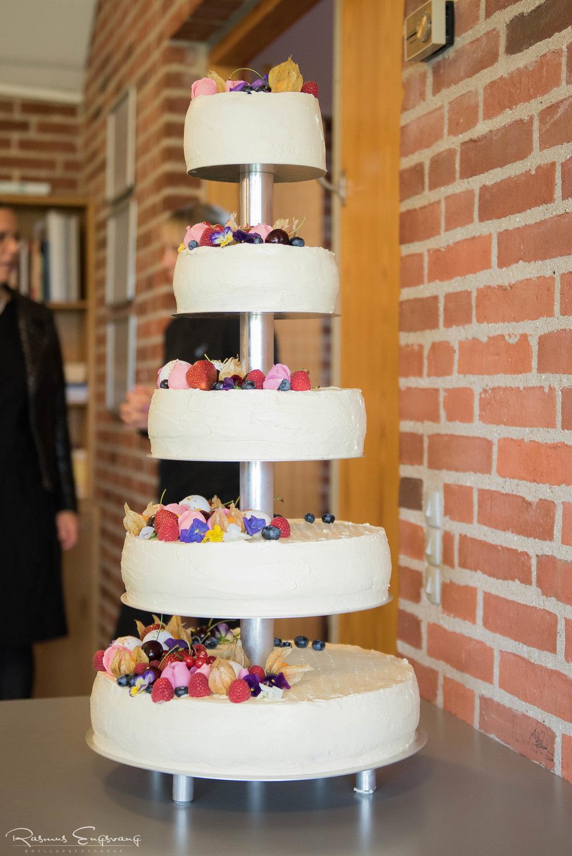 Bryllupsfotograf_Bryllupskage-110.jpg