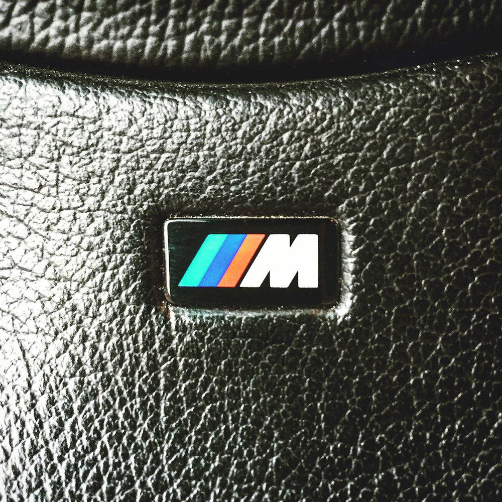 BMW Z3 logo.