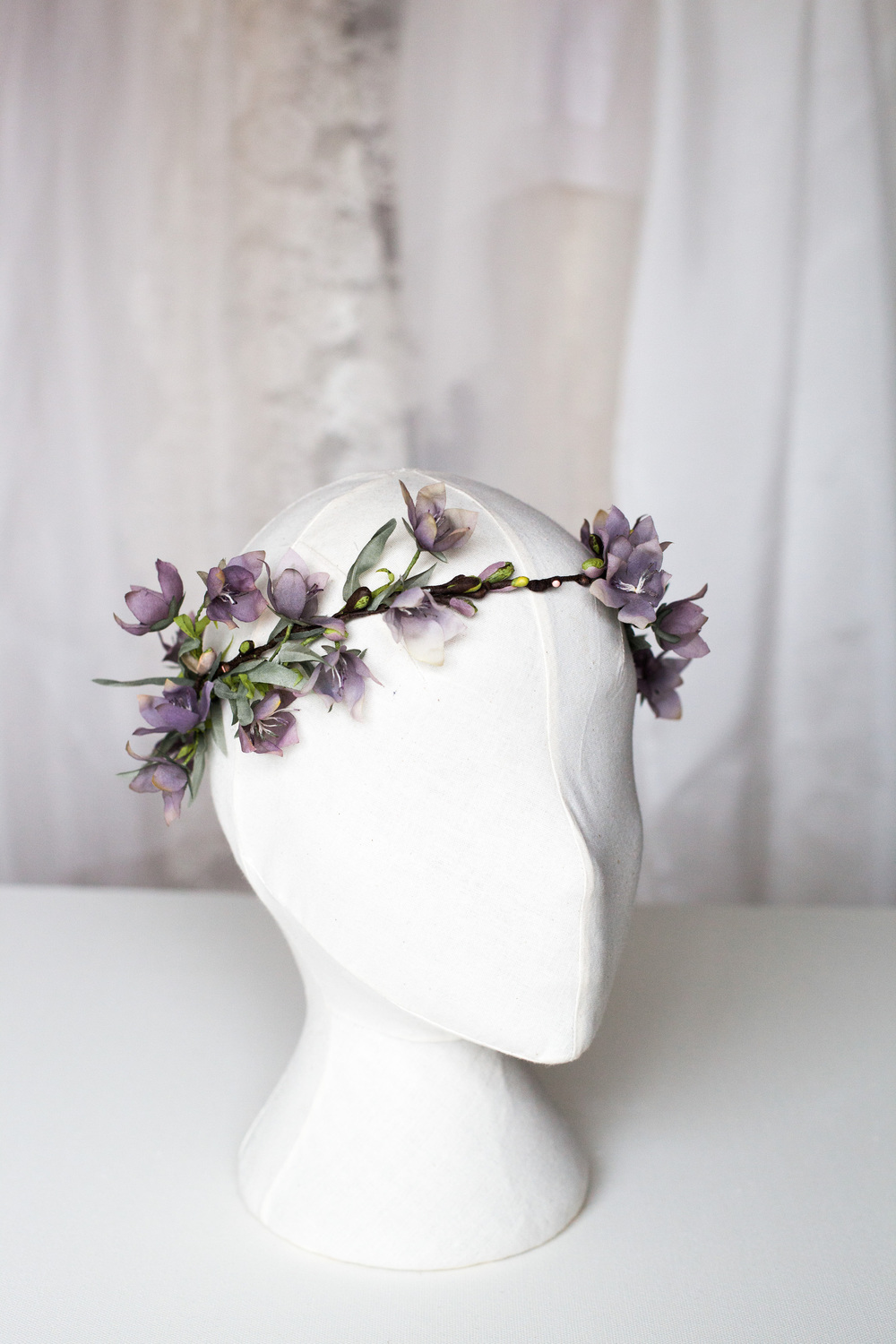 Couture-Wildflower-crown-handmade-for-a-bohemian-woodland-bride