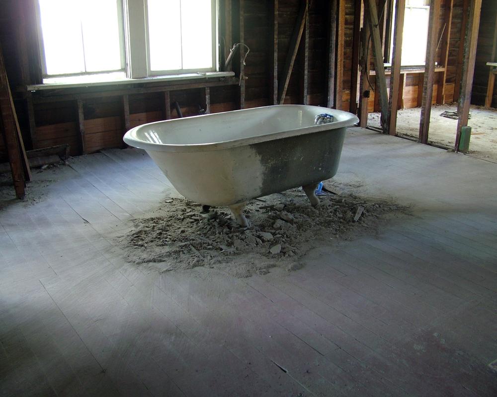 tub cs.jpg