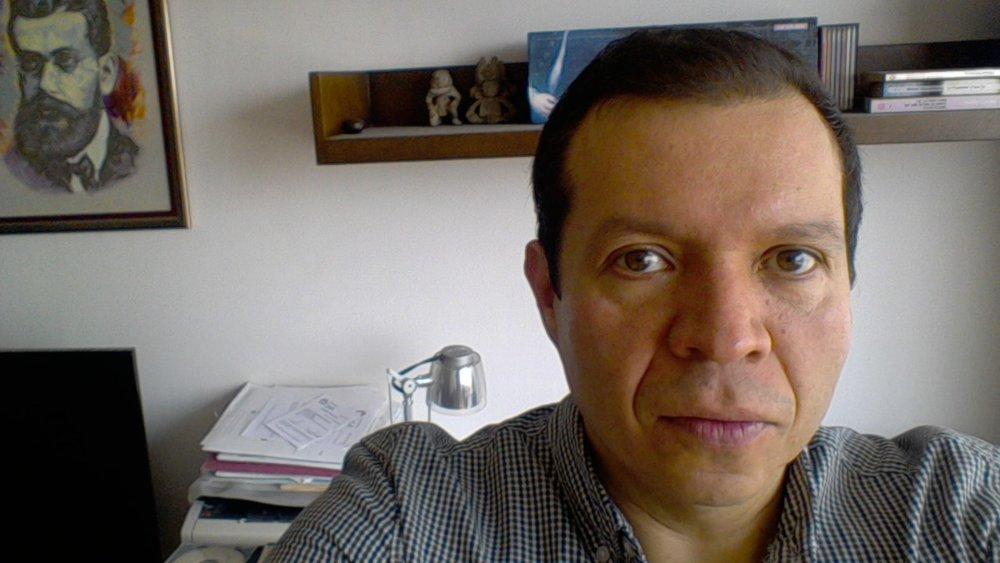Dr.Mauricio Carbajal-Tinoco  Email: mdct@fis.cinvestav.mx  Tel:+52 (55)5747-38 00 ext 6173