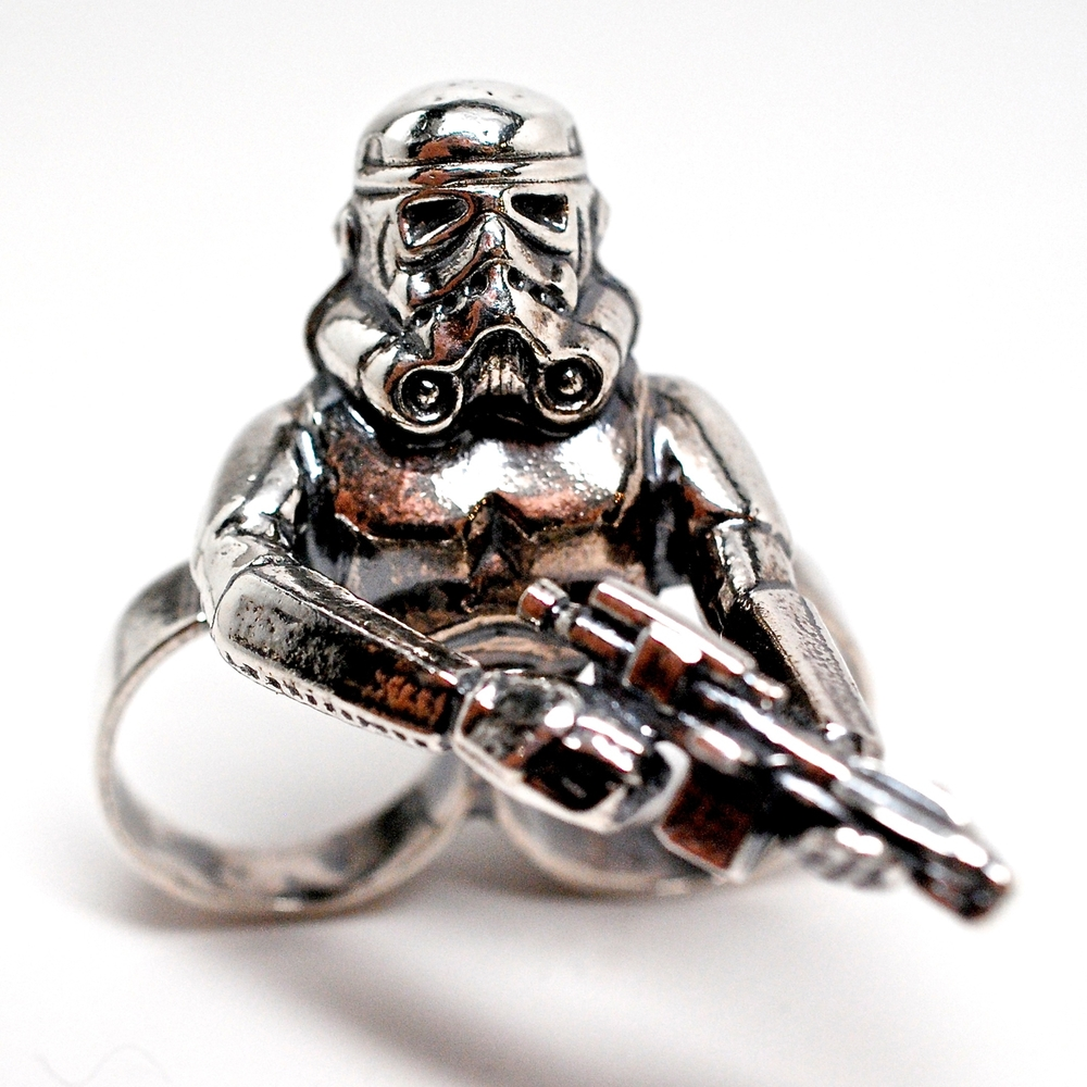 storm-trooper-2-finger-ring-469.jpg