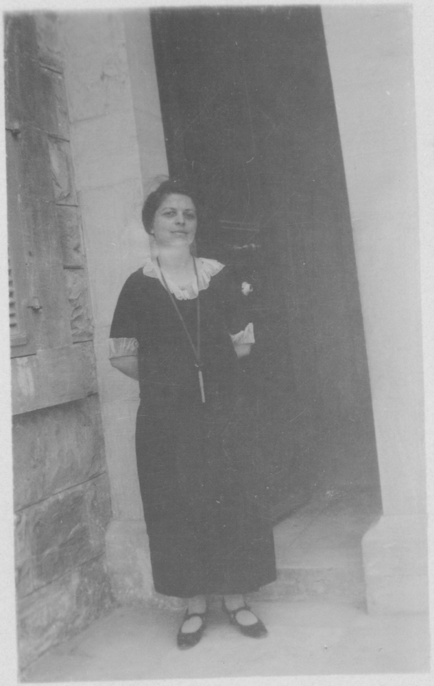 tn_Jessie Revell in front of a door of the Bab's Shrine - 1924.jpg