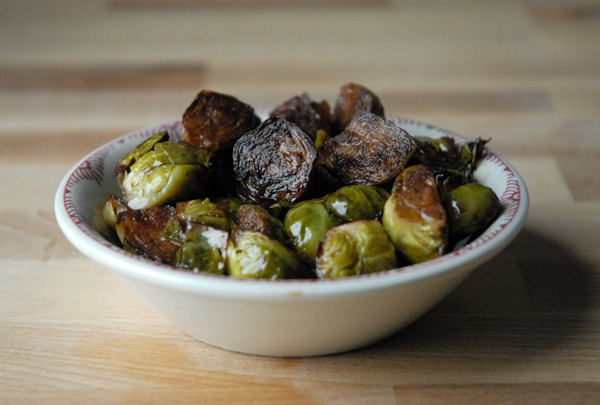 How to make glazed Brussels sprouts with balsamic vinegar
