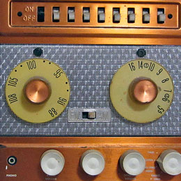radio-thumb
