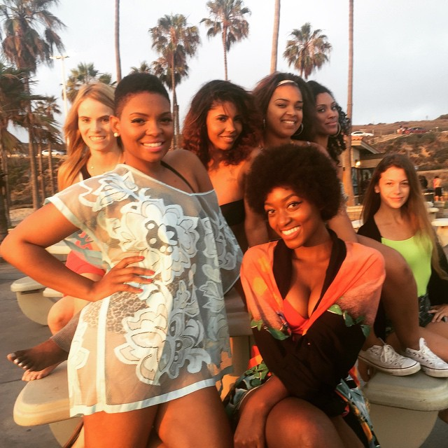 Sneak peek of the #PrettySquad on set of my upcoming video #YaKnow! Happy #Ariuesday! #ANYaKnow