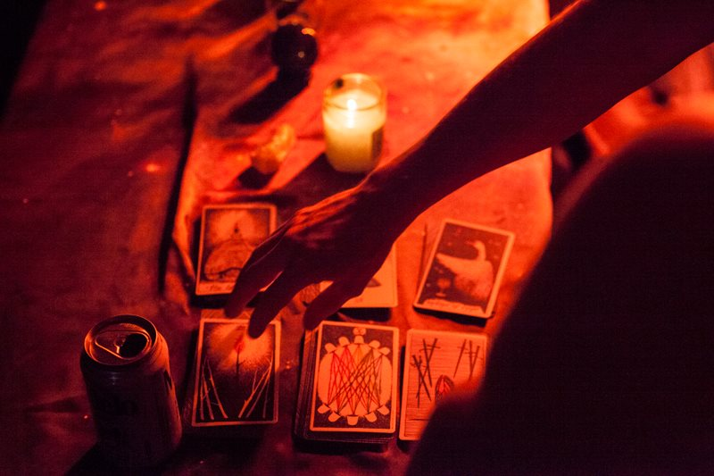 Tarot reading at the Taurus party