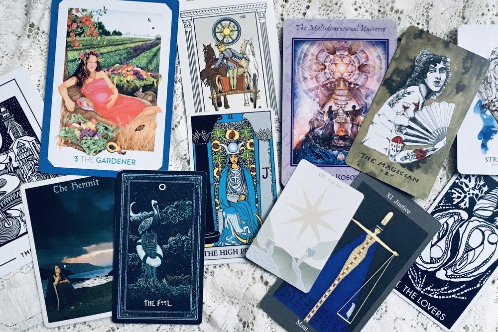 your-tarot-new-year-major-arcana-many-decks.jpeg