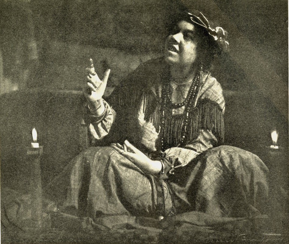 Pamela Coleman Smith - Photograph by Alice Boughton,  Brooklyn Life , January, 1907.