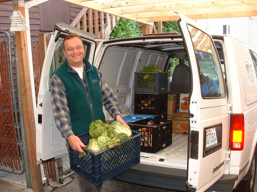 Unloading veggies.JPG