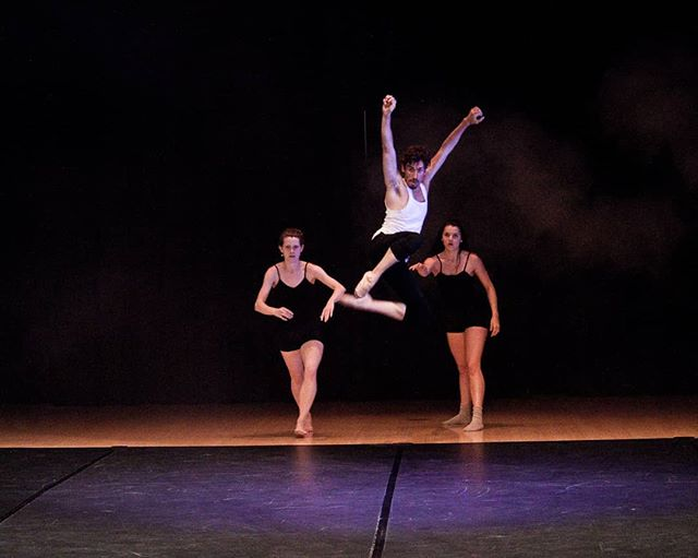 Rehearsal with @k.brandonbaumann @anna_ruth_ellis @paulistersummerville #throwbackthursday Photo credit: @circeadena #danceinthemoonlight #amore #danceinredding #ballet #hiphop #contemporarydance #reddingca #promtingartsnow