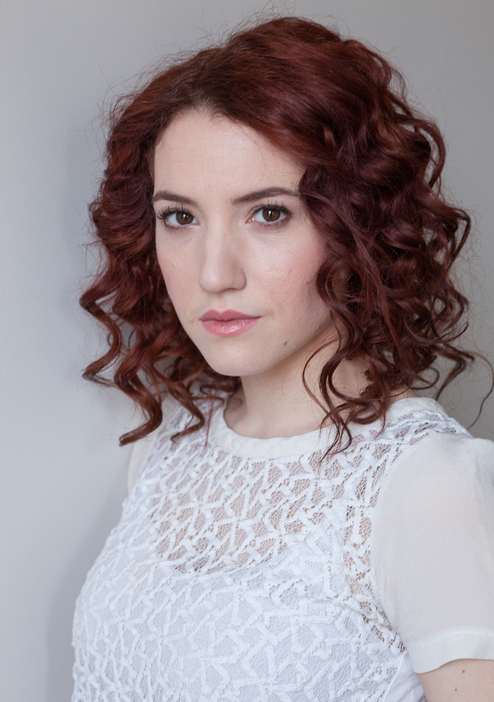 Malka Wallick as Chorus/Mountjoy