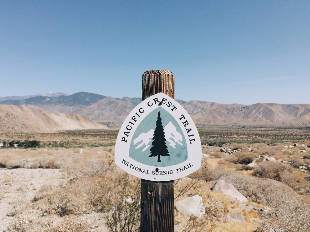 Trail marker descending from San Jacinto.