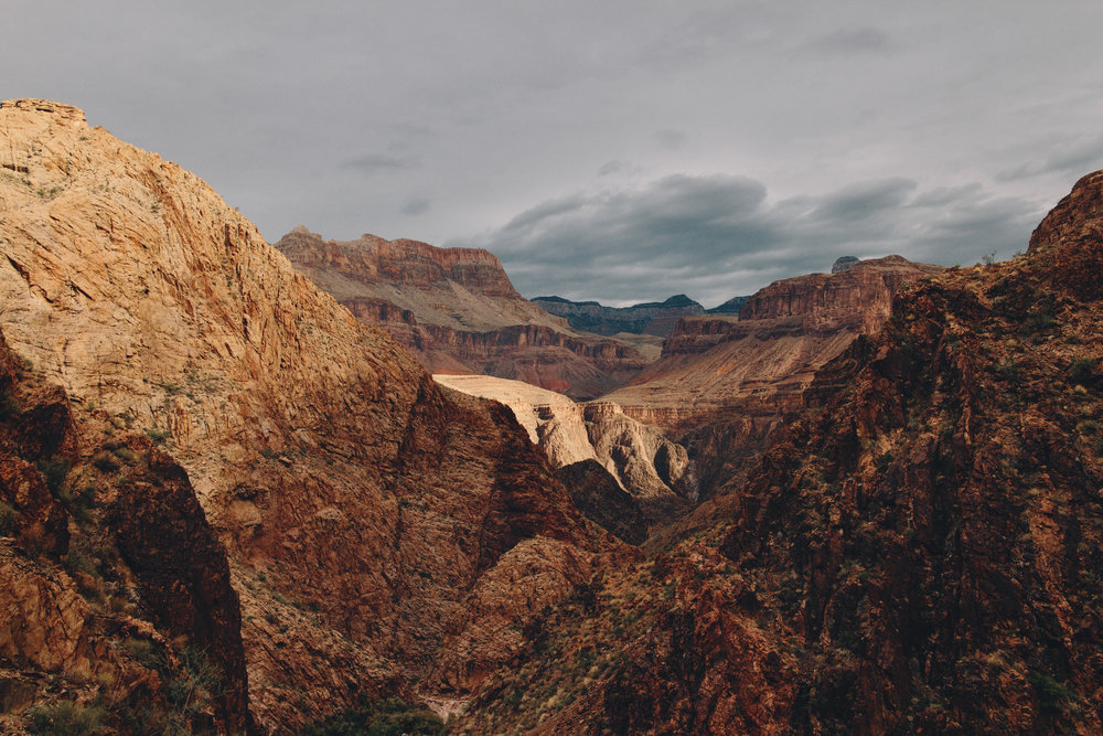 Sometimes you find yourself in the Grand Canyon where everyhing is brown and warm toned.