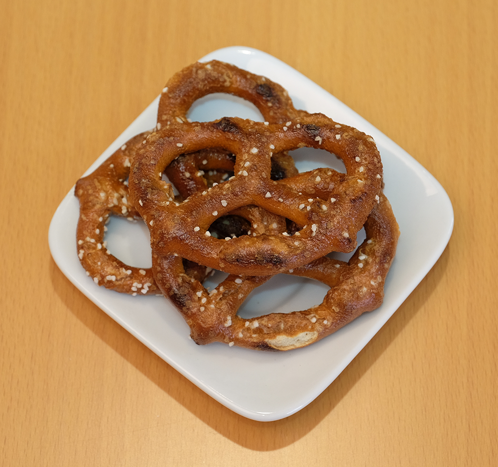 Healthy Simple Pretzels -  Unbleached Wheat Flour, Canola Oil, Salt, Yeast