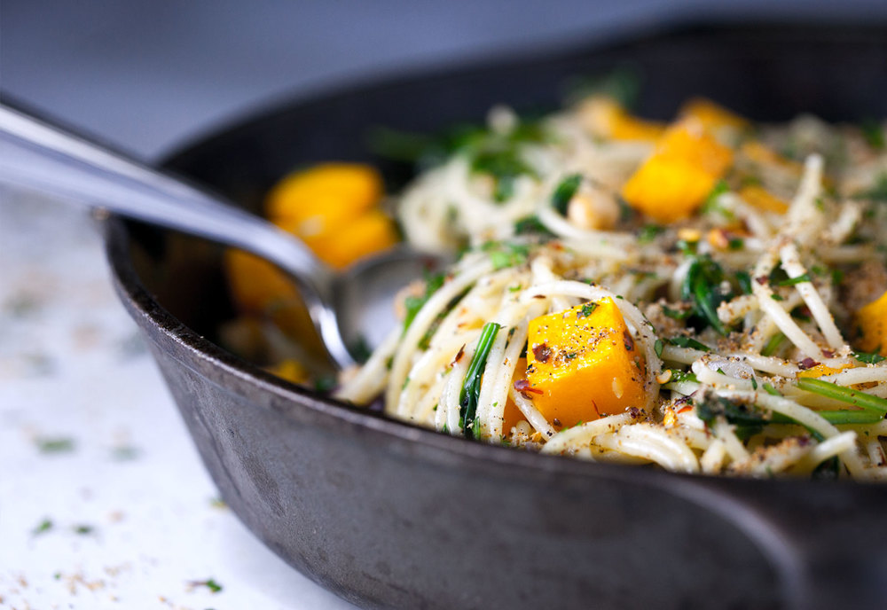 Butternut Squash Pasta with Toasted Breadcrumbs // Natural Girl Modern World // Vegan & Gluten Free (Option)