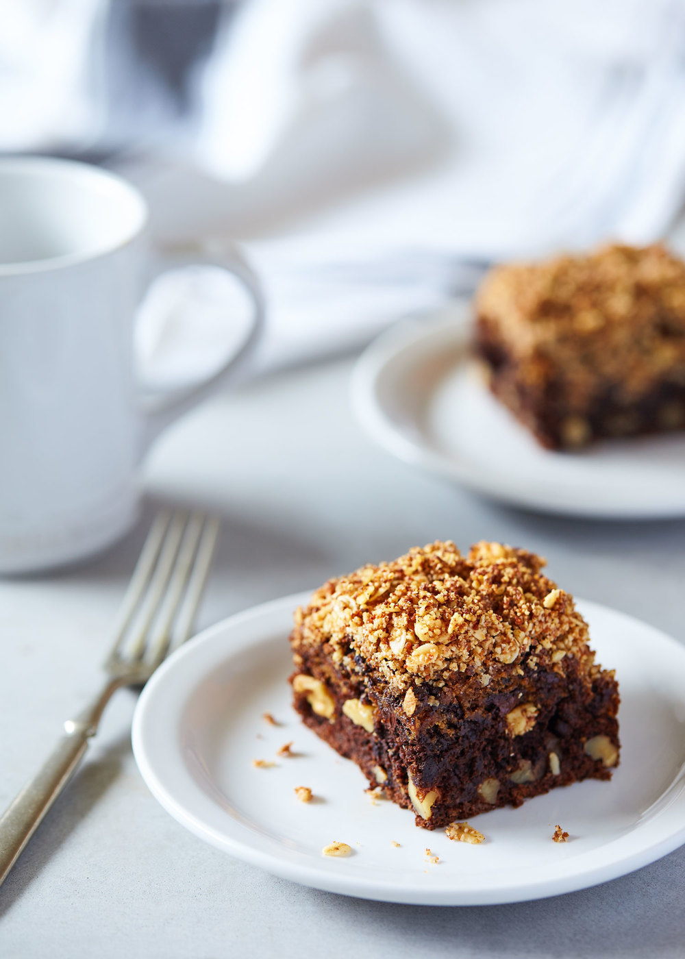 Chocolate Banana Coffee Cake with Walnut Streusel // Natural Girl Modern World // Vegan