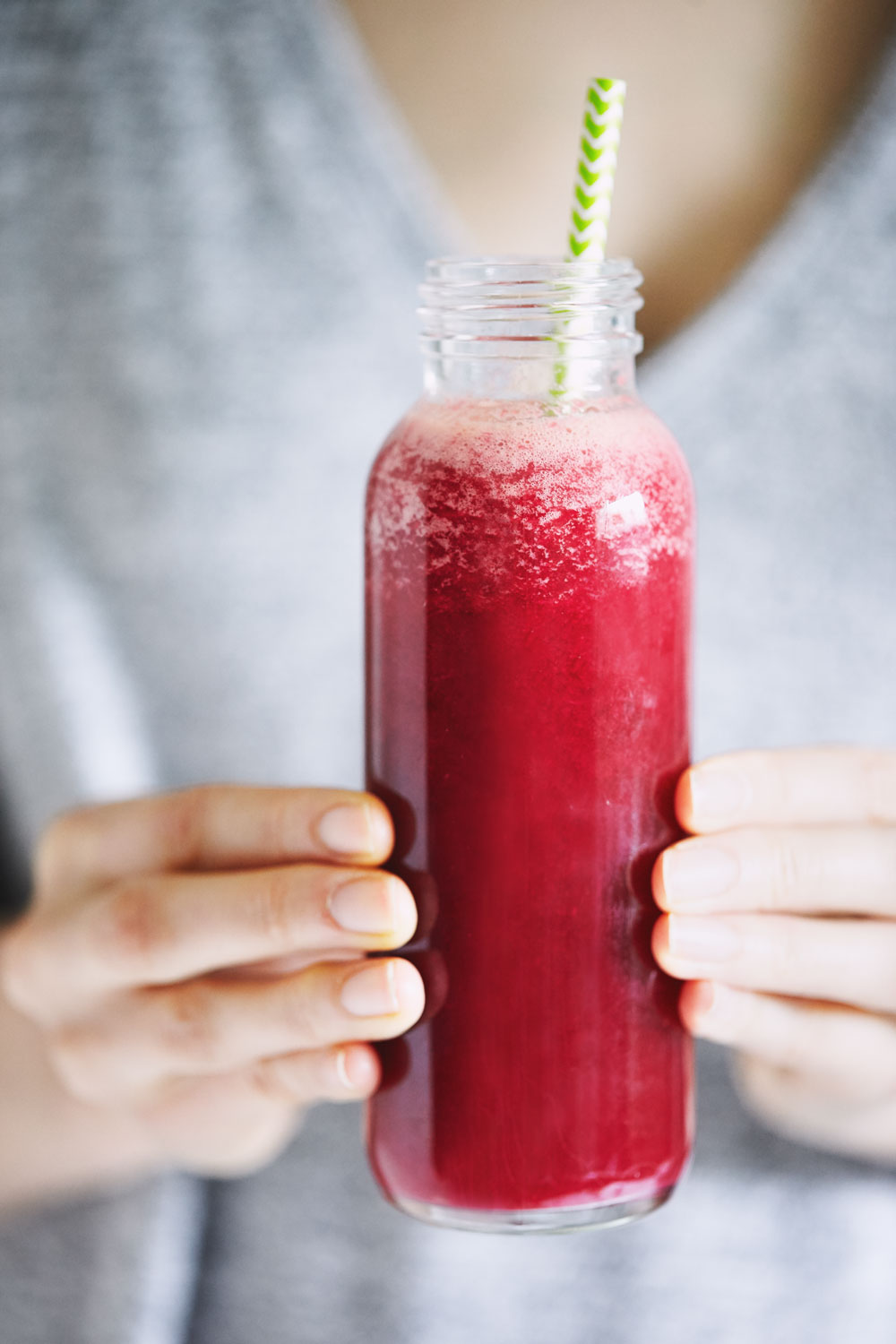 Beet & Pineapple Juice // Natural Girl Modern World // Vegan & Gluten Free