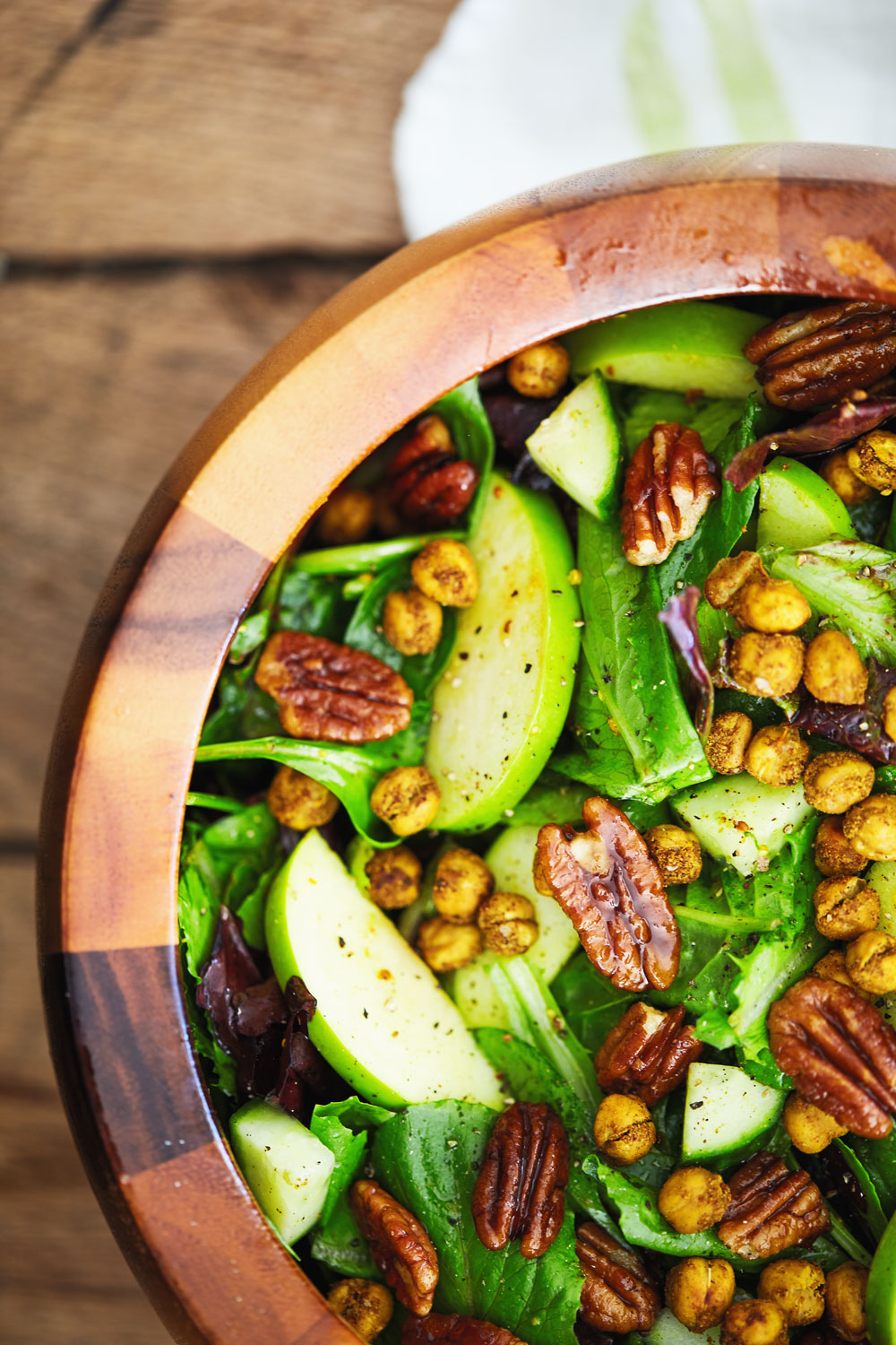Curry Apple Salad with Spiced Chickpeas // Natural Girl Modern World // Vegan & Gluten Free