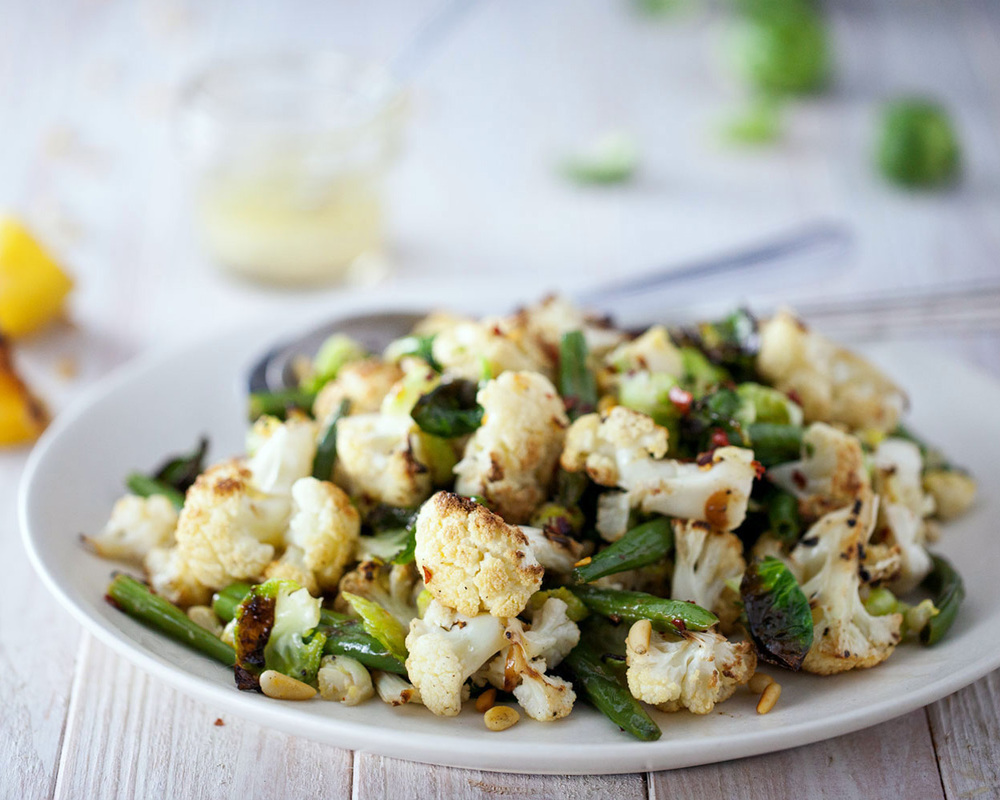 Roasted Cauliflower & Brussels Sprout Salad // Natural Girl Modern World // Vegan & Gluten Free
