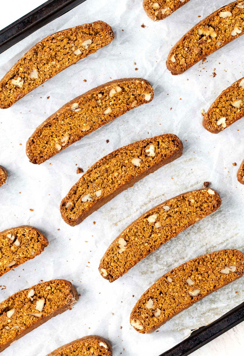 Pumpkin Pecan Biscotti // Natural Girl Modern World // Vegan