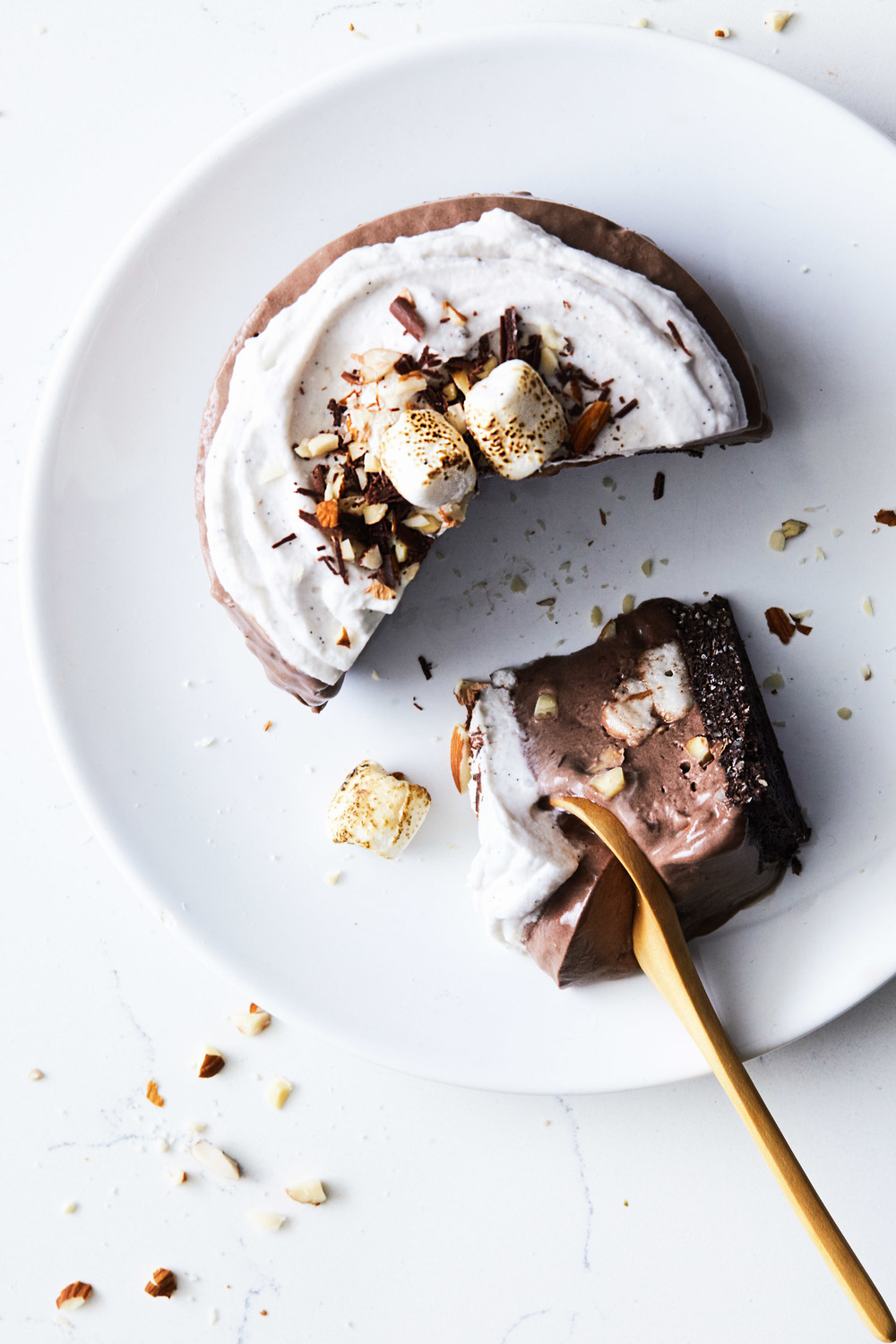Vegan Rocky Road Ice Cream Cake // Natural Girl Modern World // Vegan & Gluten Free