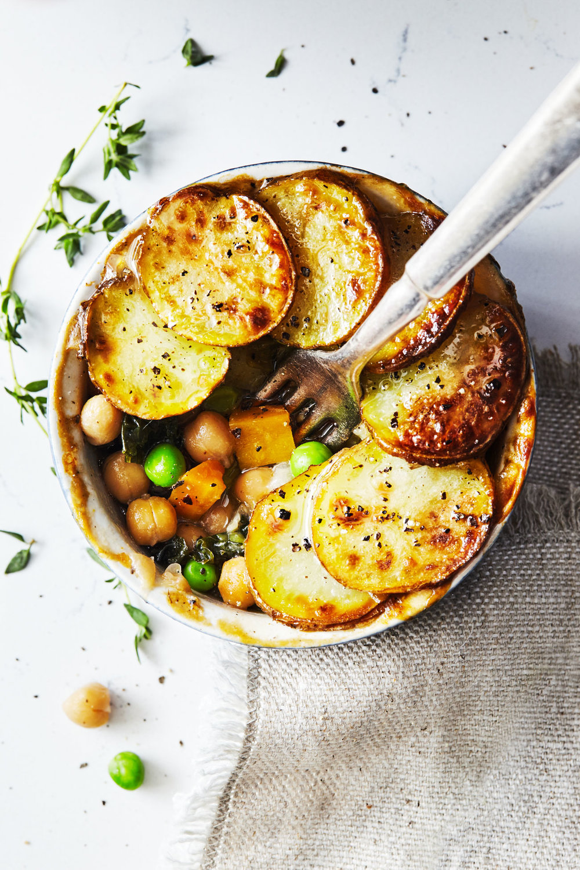 Veggie Pot Pies with Crispy Potatoes // Natural Girl Modern World // Vegan & Gluten Free