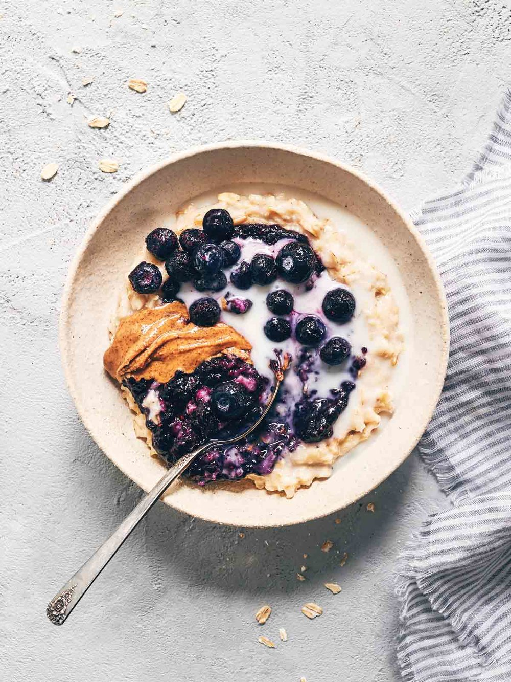 Blueberry Oatmeal | Evergreen Kitchen | Vegan