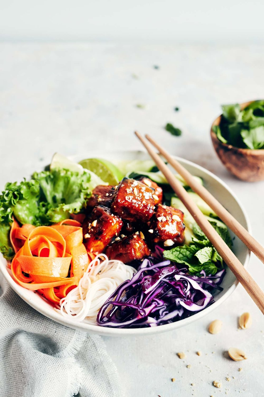 Vegan Spring Roll Salad with Peanut Glazed Tofu | Vegan & Gluten Free | Evergreen Kitchen