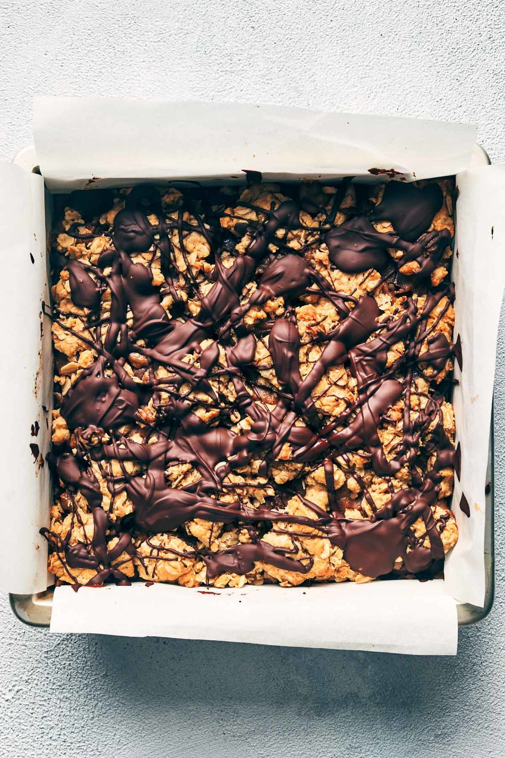 Vegan Chocolate Caramel Bars (Carmelitas) | Evergreen Kitchen | Vegan