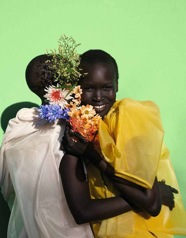 grace-bol-alek-wek-by-viviane-sassen-for-dazed-ss-2017-limited-edition-cover-editorial-6-760x9715e30252315776ec4fa4145b3427207f6_thumb.jpg