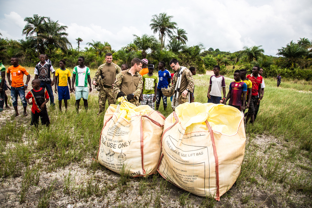 British military deliver food aid