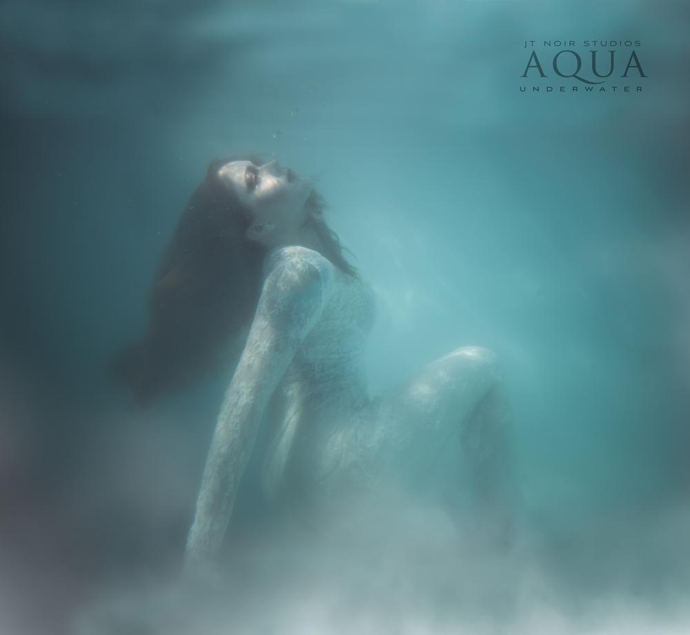 JTAqua_underwater_HopeRobb_Boudoir_fineart_2016-1.jpg