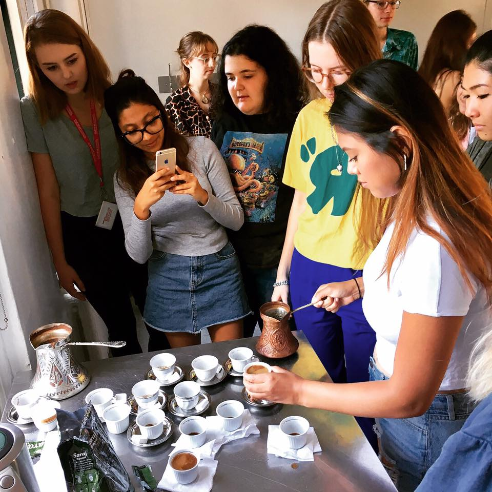 Bosnian coffee with students at The New School on OCTOBER 6, 2017   Aida Šehović spoke with a class of first year students at The New School about art, memory, public monuments and working together with Bosnian diaspora communities on ŠTO TE NEMA nomadic monument to the Srebrenica genocide. To begin their conversation, they first shared some Bosnian coffee.