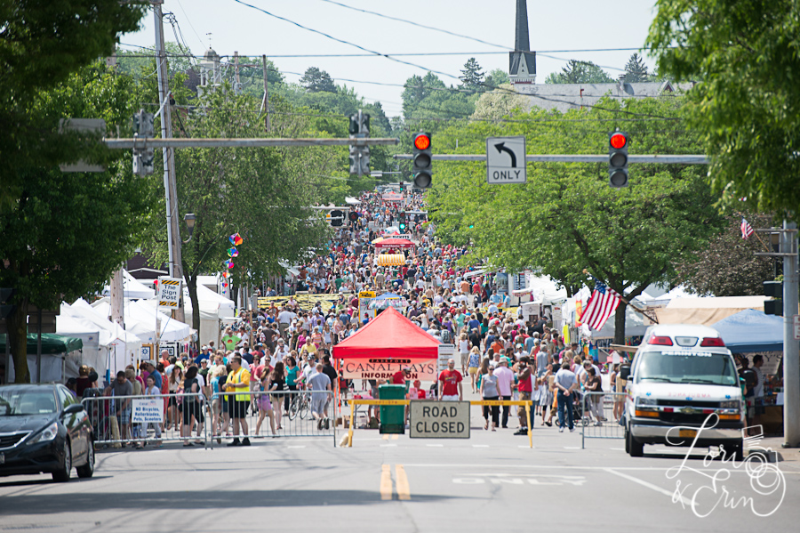 crowds at fairport canal days